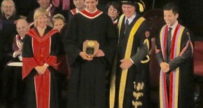 Medical grad receives Queen's University Agnes Benidickson Tricolour Award